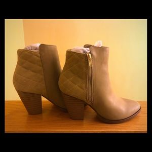 New, never worn, heeled, ankle booties